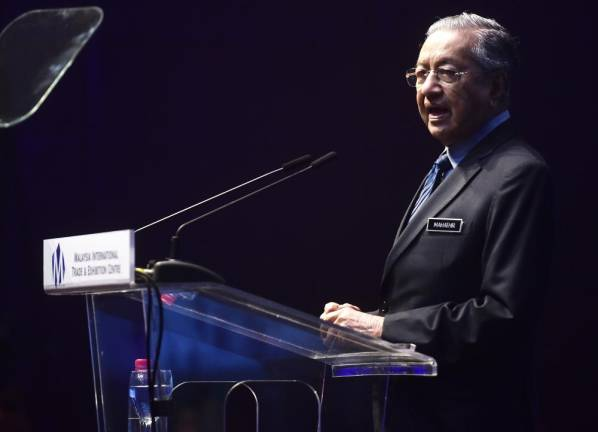 Malaysia risks losing out with untapped talent in IR4.0: Tun M