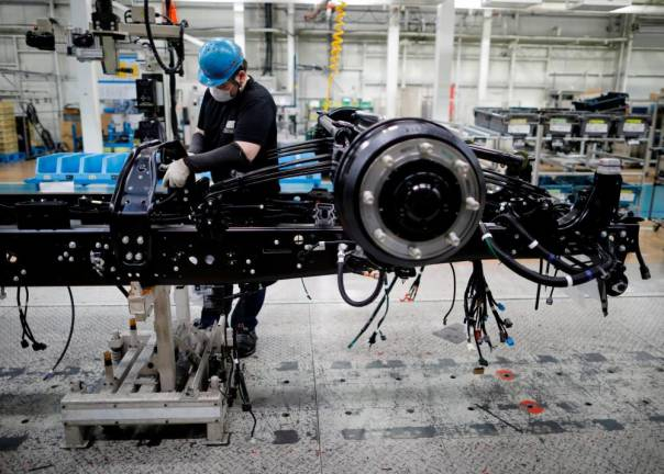 Japan factory output slumps for fourth straight month, jobless rate hits 3-year high