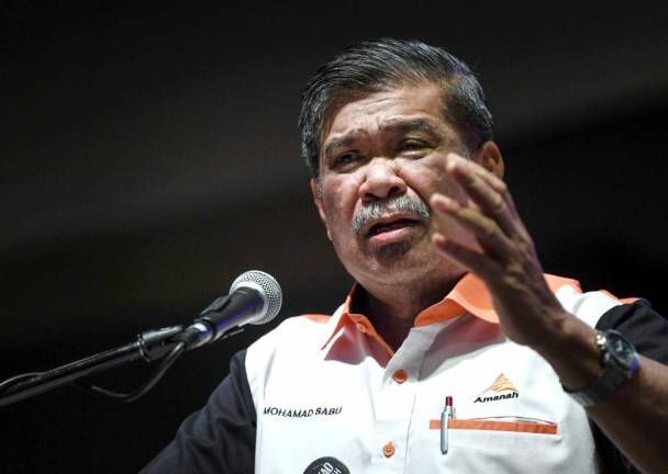 Consipracy of no-confidence vote against Dr M just a rumour: Mohamad Sabu