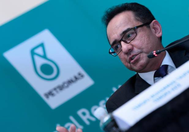 Petronas posts 8% growth in Q2 profit on weak ringgit