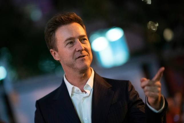 Edward Norton tackles corruption, politics in private eye film