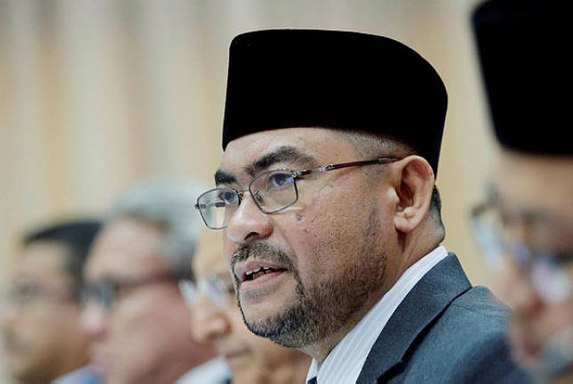 Gov't acts firmly, swiftly against those who defame prophet: Mujahid