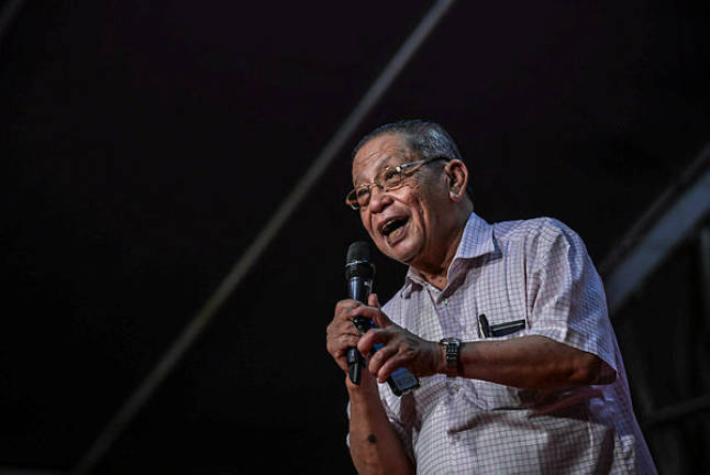 Does Umno endorse Nazri's claim on non-Malay appointments, Kit Siang asks