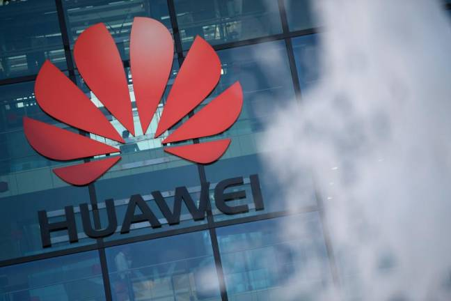 Britain set to axe Huawei 5G involvement: Report