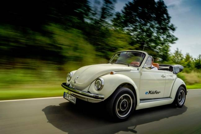 VW keeping vintage Beetle alive with electric conversion