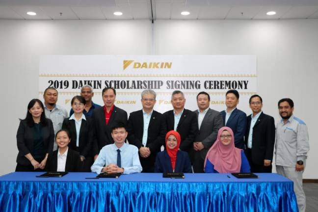 Daikin awards scholarships to top performing students
