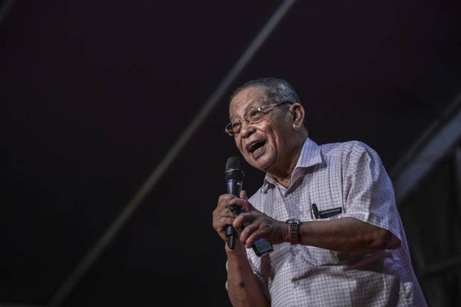 Fake degree issue turned into witch-hunt, says Kit Siang