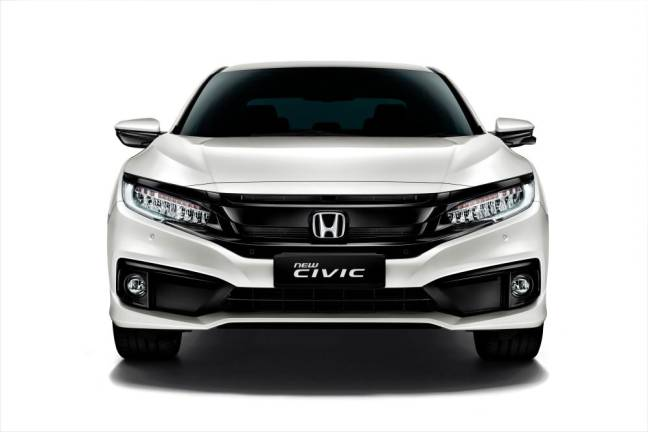 New Civic – with Honda 'Sensing' and refreshed exterior – now open for booking