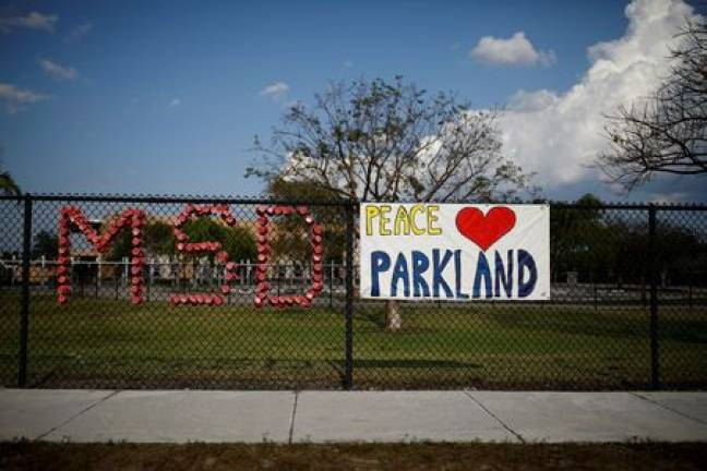 Florida governor calls for grand jury over Parkland school shooting
