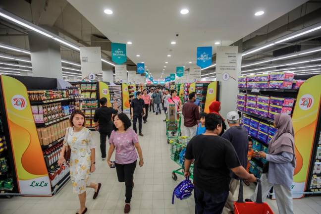 Retail research firm cuts 2019 retail sales forecast to 4.4%