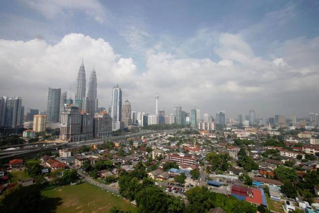Higher 2020 fiscal deficit won't raise concerns about Malaysia's ratings: Standard Chartered