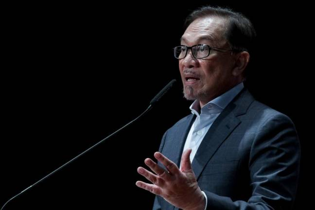Anwar slams global rise of jingoism, xenophobia