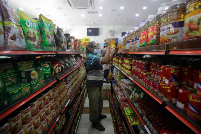 Only three official complaints on higher cooking oil price