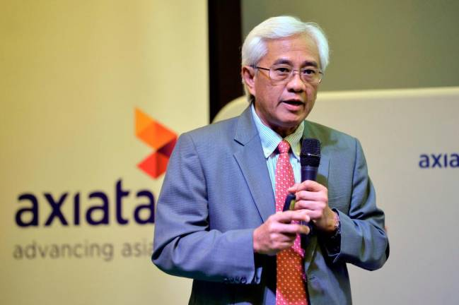 Jamaludin to stay on as Axiata CEO until end of year, Izzaddin to take over