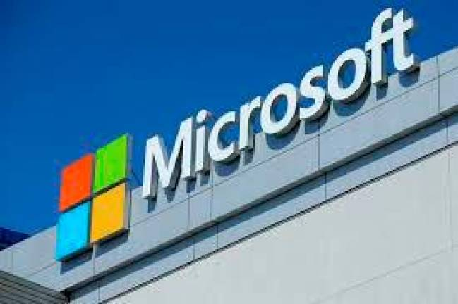 Microsoft enters 5G race with Azure cloud for telecom operators