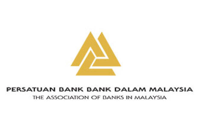 Commercial banks raise RM10m for hospitals