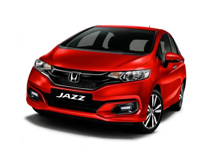 Only the non-hybrid variants of the Jazz are available in Passion Red Pearl, which also replaces the Carnival Red colour option for the model.