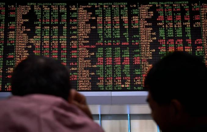 Bursa Malaysia extends yesterday's losses to open lower