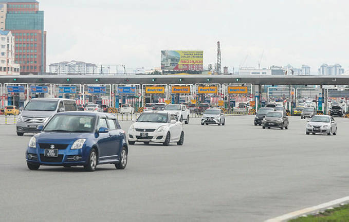 Three highways offer toll discounts on Chinese New Year