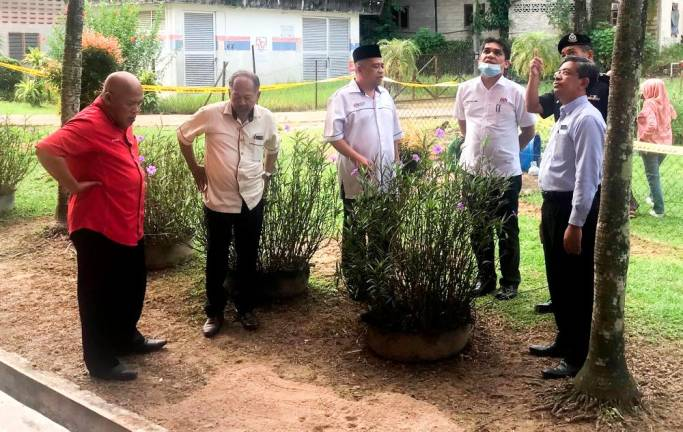 Smooth school reopening, all complying with SOP: Radzi Jidin