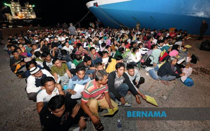 Sabah NSC sends back 763 Filipinos back home