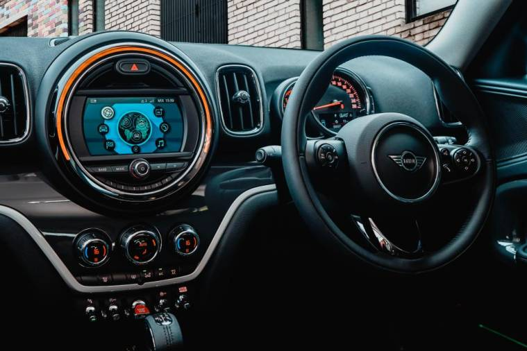 $!New MINI Countryman Plug-In Hybrid Wired, MINI Cooper S Countryman Pure introduced