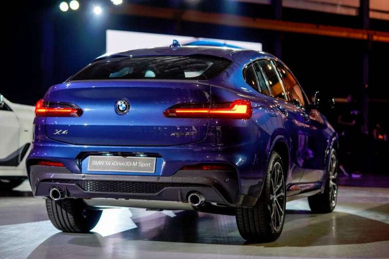 The second-generation BMW X4.