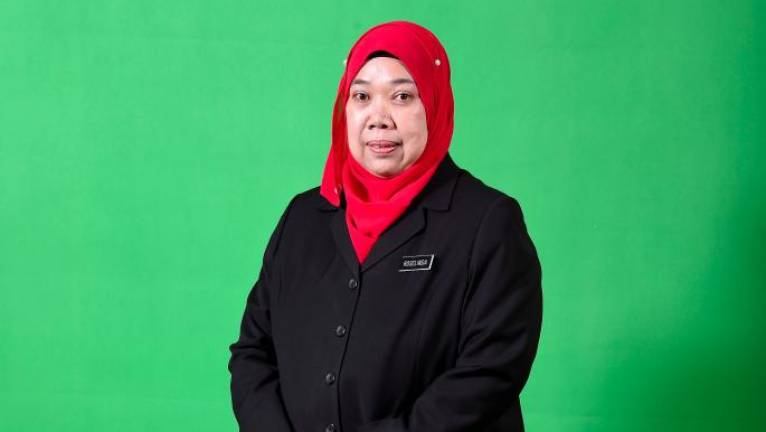Roselindawati is Information Dept's first woman DG