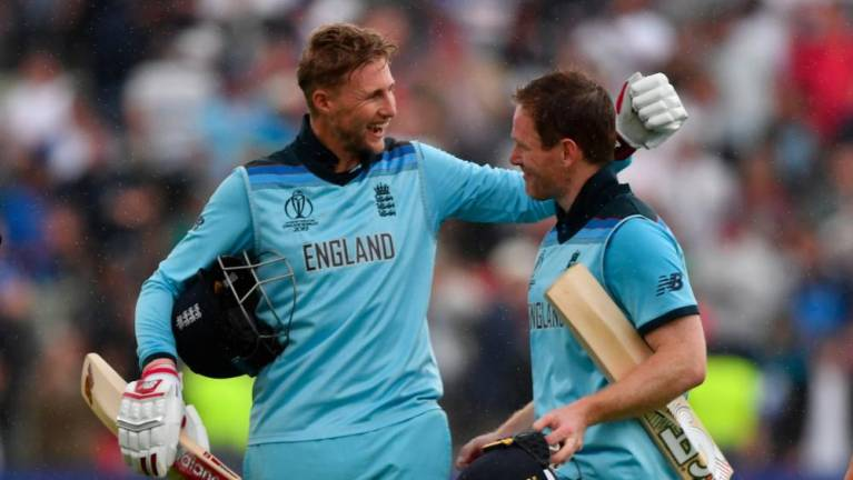 England thump Australia to reach first World Cup final in 27 years