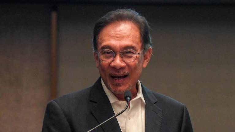 Mahathir to continue to play role as statesman: Anwar