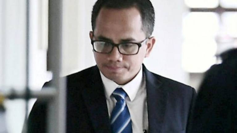 Najib's SRC trial: BNM manager denies not telling the truth