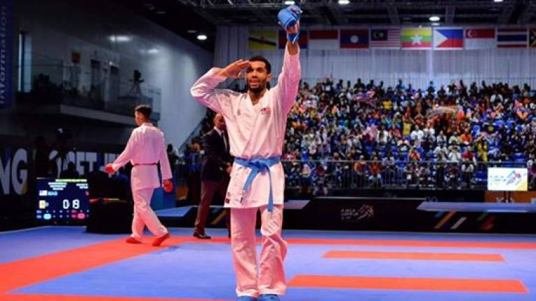 Despite knee injury, Karate athlete Sharmendran manages to retain gold