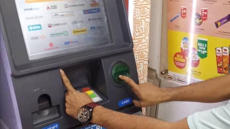 (Video) Three nabbed for installing hacking device on ATM
