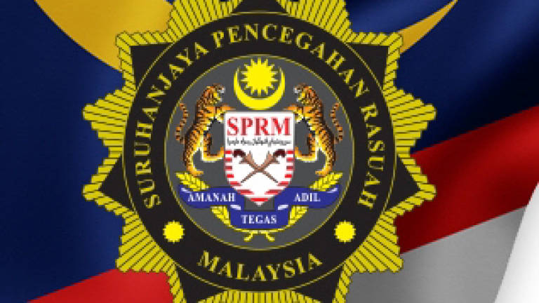 Contractor and ex-supervisor nabbed by MACC over false claims