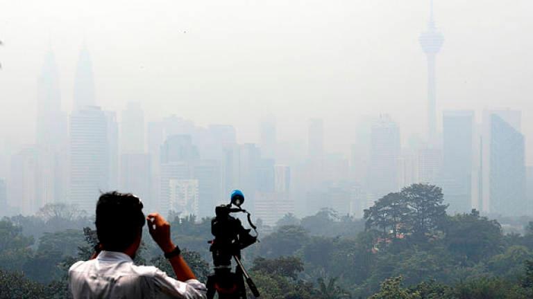 Open burning during hot weather cause of local haze — MetMalaysia