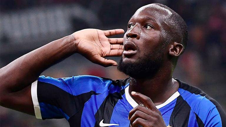 Lukaku celebrates with Inter fans after 'best year of career'