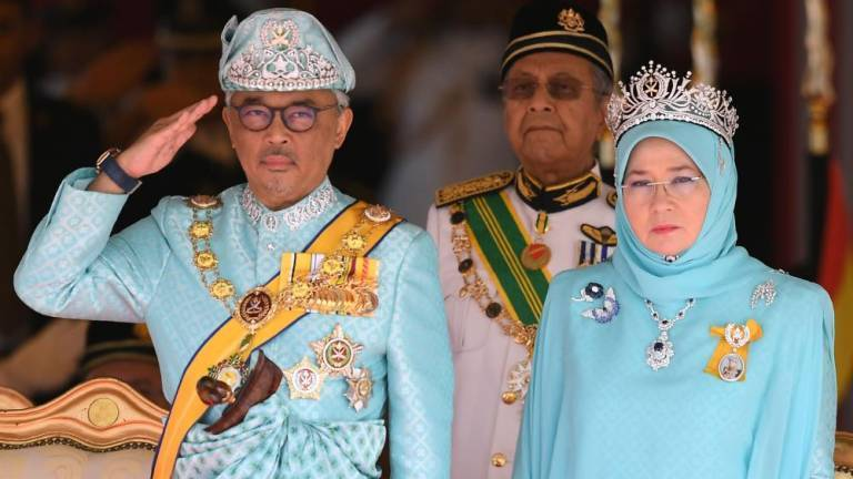 King, Queen convey Mid-Autumn Festival greetings