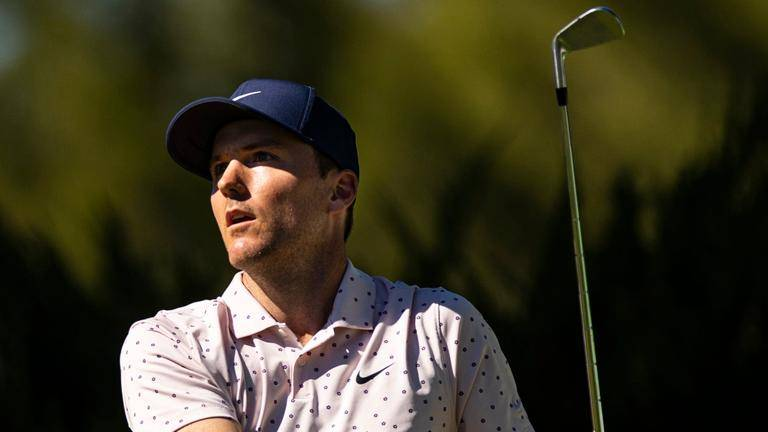 (video) Henley sails to three-stroke lead in Las Vegas