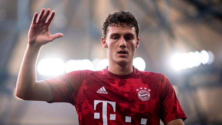 Bayern Munich head to Portugal without Pavard but Coman on board