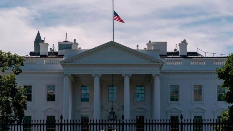 Envelope with 'ricin' sent to White House: Reports