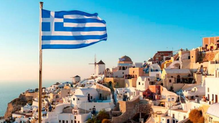 Greece lifts quarantine for some vaccinated travellers