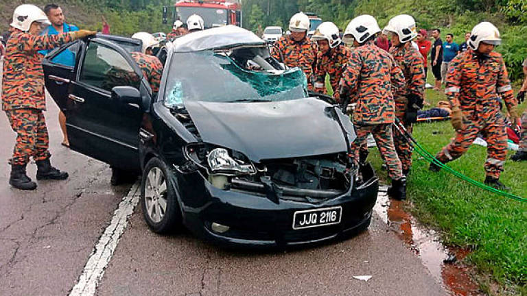 One dead, three injured as car skids near Port Dickson exit