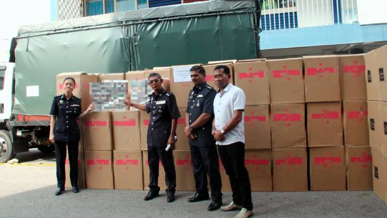 Police seize 8,125 cartons of cigarattes worth RM490,000