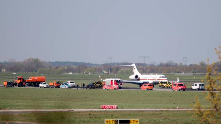German plane crash lands, disrupts airport traffic