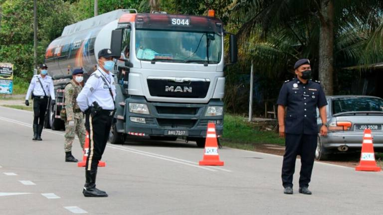 Police close four roads in PJ