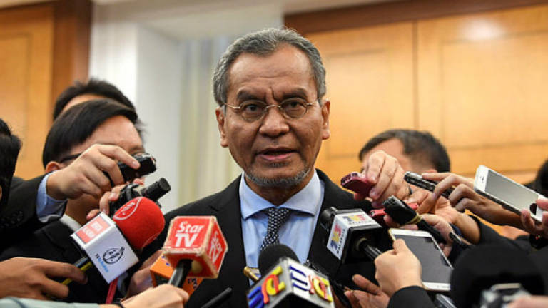 353 community clinics nationwide to be enhanced: Dr Dzulkefly