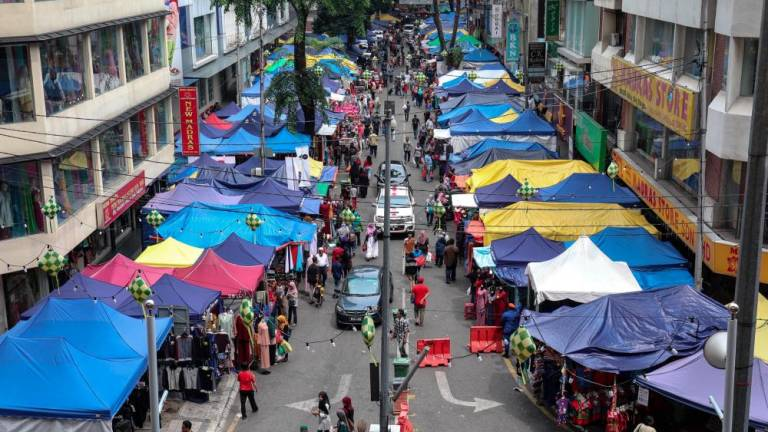 Terengganu Health Dept to collect 160 food samples from Ramadan bazaars