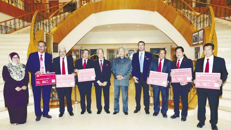 Six more Umno MPs join PPBM (Updated)
