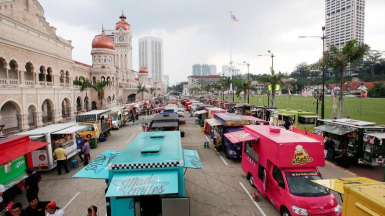 DBKL allows food trucks to operate at Jalan Raja