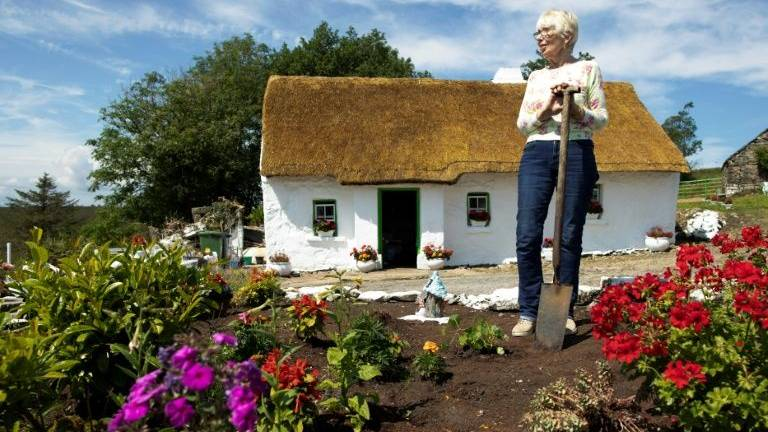 Northern Irish pensioner thrives in off grid cottage
